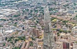 伦敦- 2015年6月18日:从helicopt的碎片和城市地平线 免版税库存图片