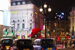 伦敦- 2016年11月17日:Routemaster柴油电动杂种d 图库摄影