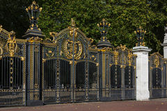 伦敦- 11月3 :加拿大门在绿园在没有的伦敦 免版税库存照片