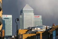 伦敦- 2月12 :金丝雀码头和其他大厦在Dockl 免版税库存照片