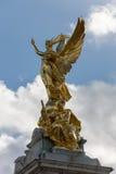伦敦- 11月3 :维多利亚纪念品在11月3日的伦敦 图库摄影