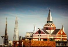 伦敦建筑对比 免版税库存照片