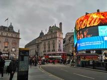 伦敦/英国- 2016年11月01日:在皮卡迪利广场的看法 库存图片