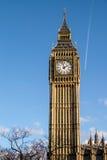 伦敦- DEC 9 :关闭大本钟看法在20的12月9日,伦敦 库存图片