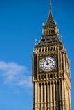伦敦- DEC 9 :关闭大本钟看法在20的12月9日,伦敦 免版税图库摄影