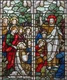 伦敦- resurected耶稣的幻象传道者的在教会三位一体Brompton的彩色玻璃的 库存照片