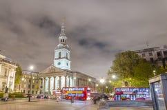 伦敦trafalgar晚上的正方形 库存照片