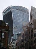 伦敦viewof摩天大楼携带无线电话 免版税库存图片