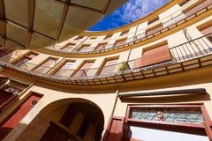巴伦西亚广场雷东达岛是一个圆的正方形在西班牙 库存图片