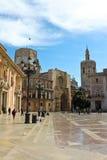 巴伦西亚, 4月10日-与巴伦西亚大教堂a的维尔京正方形 库存照片
