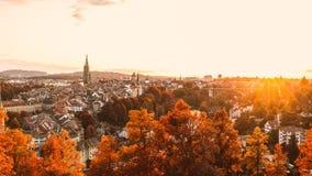 伯尔尼老镇在秋天 库存照片