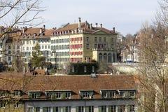 伯尔尼连栋房屋在瑞士 免版税库存图片