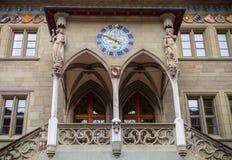 伯尔尼Rathaus 对城镇厅的入口 免版税库存照片