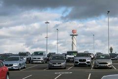 伯明翰国际机场,伯明翰,英国- 2017年10月28日:空中交通管理的雷达 免版税图库摄影