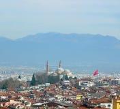 伯萨市看法在土耳其在与埃米尔苏丹Mo的天时间 库存图片