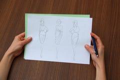 估计时尚图画的设计师 免版税库存图片