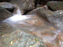 伶猴Kerawang瀑布在槟榔岛,马来西亚 库存照片