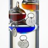 伽利略玻璃温度计 库存图片
