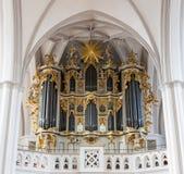位于一个老卫理公会教派的教堂的一部大19世纪管风琴, 库存照片