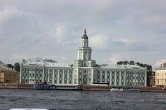 位于圣彼德堡,创造由皇帝彼得大帝和的俄罗斯的第一个博物馆 有antiq的独特的收藏 库存照片