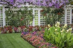 位于布查德花园的花卉篱芭 免版税图库摄影
