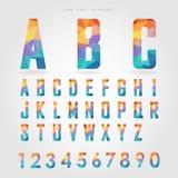 低多字母表和数字在多角形概念 库存照片