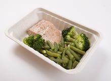 低热值三文鱼鱼和菜豆 免版税库存图片