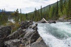 更低的鬼魂秋天,马修河, BC,加拿大 库存图片