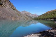 更低的shavlinskoe湖 免版税库存照片
