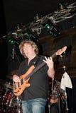 低音吉他弹奏者hamm斯图尔特 库存照片