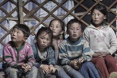 住在Mongolie的游牧人 免版税库存照片