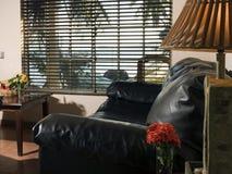 住处加拿大旅馆手段卧室客厅随员马伊斯群岛 免版税图库摄影