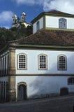 住处dos葡萄牙币和圣法兰西斯教会在欧鲁普雷图,巴西 库存照片