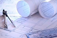 住宅关闭的体系结构计划 免版税图库摄影