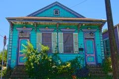 住宅区的新奥尔良家 免版税库存图片