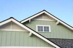 住宅屋顶顶层 免版税图库摄影