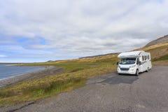 住房汽车露营车RV在冰岛 图库摄影