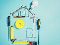 住所改善概念 房子建筑或修理的集合工作手工工具  免版税库存照片