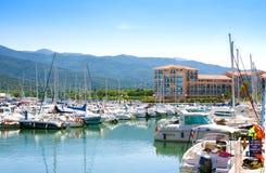 住所梅尔和高尔夫球口岸Argeles在Argeles苏尔梅尔海滩区域被设置在比利牛斯O 库存图片
