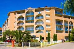 住所梅尔和高尔夫球口岸Argeles在Argeles苏尔梅尔海滩区域持续比利牛斯或 库存图片