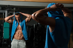 体型是锻炼和营养在它的最好 库存照片