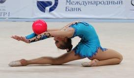 体操国际节奏性比赛 免版税库存图片