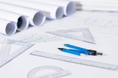 体系结构计划与图纸卷的项目图画 库存照片