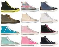 体育五颜六色的运动鞋鞋子葡萄酒样式在白色backgroun的 免版税库存图片