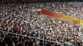 体育场拥挤人纹理 免版税库存照片