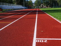 体育场的红色跑马场 免版税图库摄影