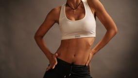 体育少女适合舞蹈,现代有氧舞蹈家 股票录像