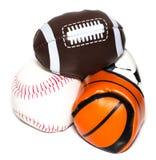 体育球的汇集与足球、橄榄球、棒球和篮子的 库存图片