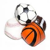 体育球的汇集与足球、橄榄球、棒球和篮子的 图库摄影