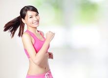 体育运动女孩运行中 免版税图库摄影
